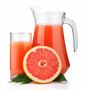 Blood-Orange-Juice-With-Fruit
